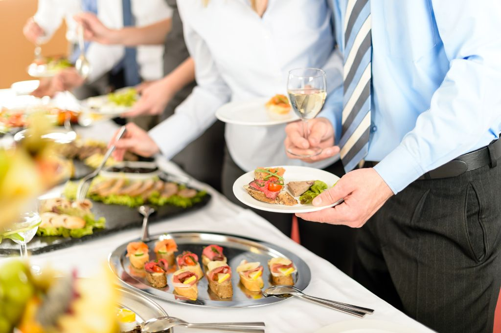Benefits of Catering Your Next Corporate Event