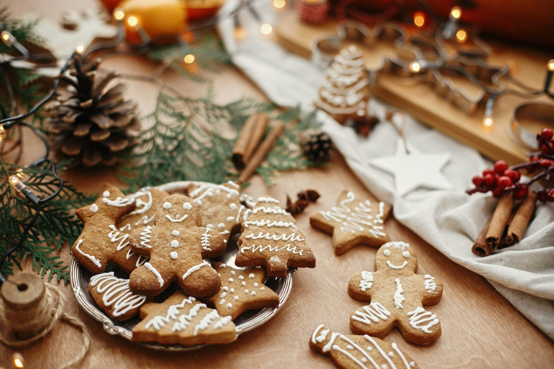 Six of the Most Popular Christmas Cookies